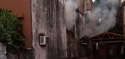 Fuego dañó gran parte de una vivienda en el barrio Villa Sarita de Posadas