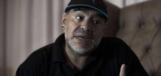 """Maradona no perdona: """"Quiero ver a Bauza diciéndole a Messi si quiere ir a comer a la casa de Icardi"""""""