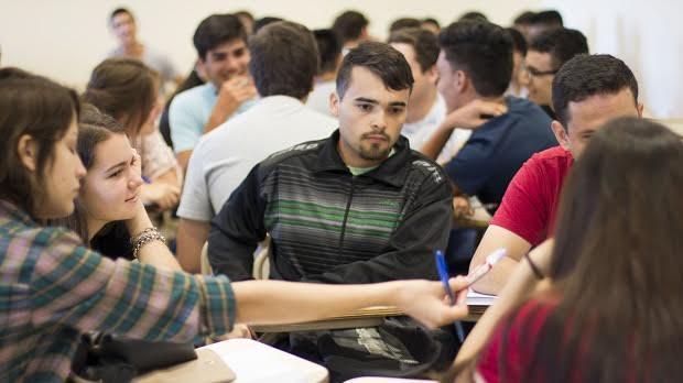 Con alrededor de 1200 preinscriptos comenzó el cursillo de ingreso de la Facultad de Ciencias Exactas de la UNaM