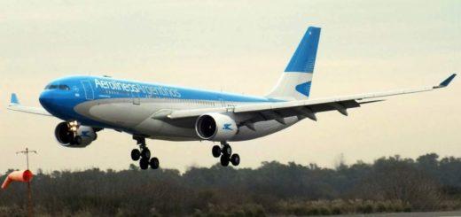Un avión de Aerolíneas aterrizó de emergencia poco después de despegar