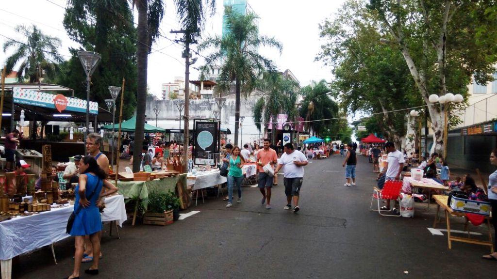 Con unos 50 stands se realiza segundo Festival Provincial del Artesano, en el Paseo Bosetti de Posadas