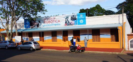 En su primera semana de funcionamiento, la Escuela de Robótica incorporó a 1300 participantes