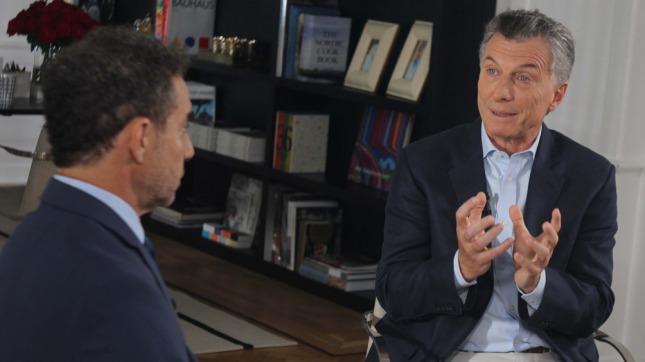 Mauricio Macri dijo que hay sectores que buscan desestabilizarlo y cuestionó los paros
