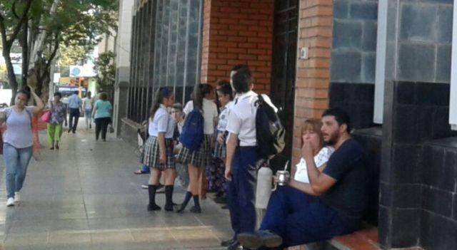 Los docentes volvieron a las escuelas y los estudiantes a rendir exámenes en Misiones
