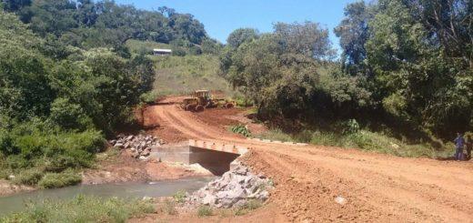 Vialidad Provincial finalizó las obras en el arroyo Tarumá en El Soberbio