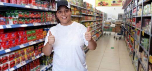 Nidia Raquel Da Cruz fue la ganadora de la canasta del Supermercado Agogó, que sorteó Mejores Precios