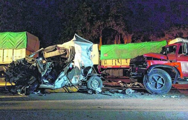 Rutas trágicas: dos niños perdieron la vida en un terrible accidente en Santa Fe