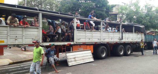 Productores yerbateros regresan a sus hogares después de lograr un acuerdo con el Gobierno