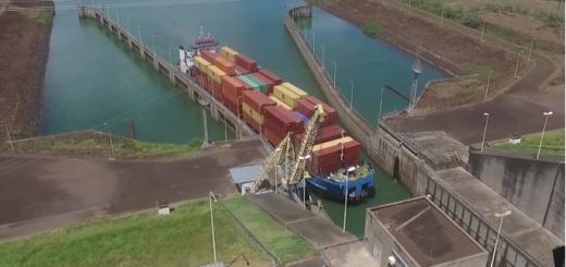 Vea el gigantesco carguero paraguayo que utiliza el río Paraná para sacar producción de ese país
