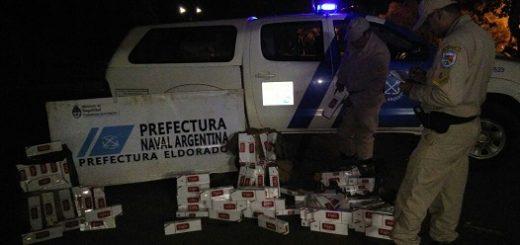 Eldorado: interceptan una embarcación repleta de cigarrillos contrabandeados