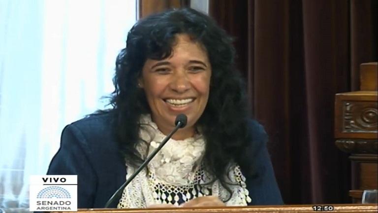 Edy Lemos, la maestra rural de San Antonio que hizo llorar al Senado de la Nación