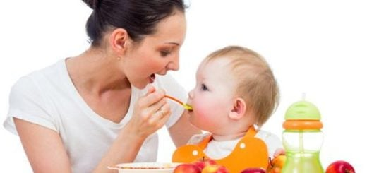 ¿Cuáles son los primeros alimentos que debemos dar a los niños a los 6 meses?
