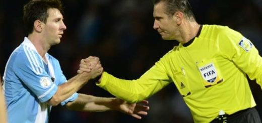 Apuntan a un brasileño como el responsable de la sanción a Messi