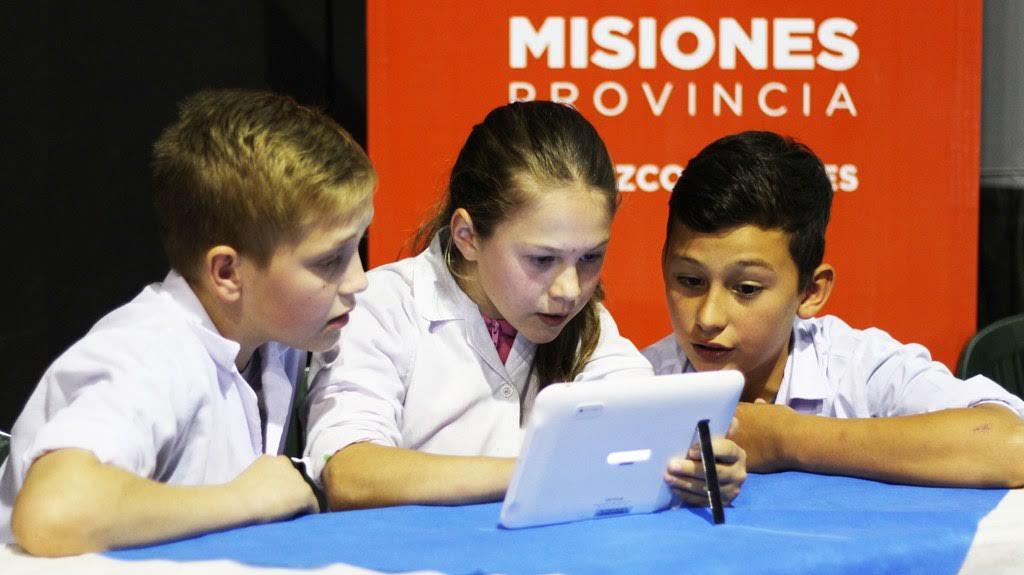 """Con el Programa Conozco Misiones, alumnos del interior podrán viajar gratis a la muestra """"Tecnópolis Federal"""""""
