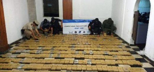 """Tras el """"Operativo Sapucay"""", se profundiza la lucha contra el narcotráfico en Itatí: incautan más de 514 kilos de marihuana"""