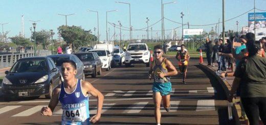 Sábado a pleno sol y deportes en la Costanera de Posadas celebrando el Día Mundial de la Actividad Física