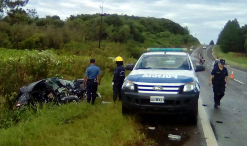 Tres muertos en un choque sobre la ruta 12 en San Ignacio: Una de las fallecidas es la ex concejal de Posadas Claudina Deglise