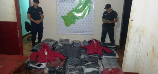 Puerto Iguazú: la Policía interceptó un auto repleto de camperas y por otro lado electrónica de contrabando, valuados en casi 400 mil pesos