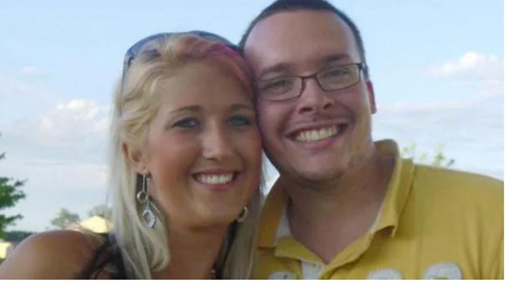 Una maestra y su esposo se enfrentan a prisión por embriagar y tener relaciones sexuales con un alumno