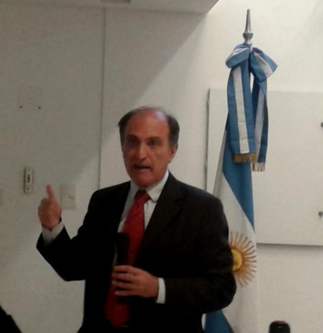 Eduardo Hecker: Sin un Plan de Crecimiento no se podrá controlar la inflación, atraer inversiones extranjeras y generar empleo en la Argentina