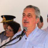 Passalacqua encabezó la entrega de la segunda tanda de motoniveladoras para Vialidad