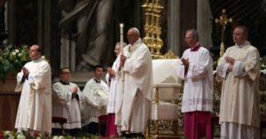 """Papa Francisco: La Resurrección de Cristo nos libera de """"nuestros estériles pesimismos"""""""