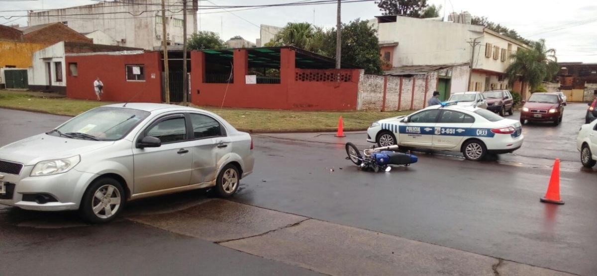 Una colisión dejó a una motociclista herida en Posadas