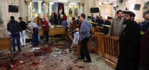Repudio mundial por el doble atentado en iglesias cristianas de Egipto que dejaron 45 muertos, a 20 días de la llegada del Papa