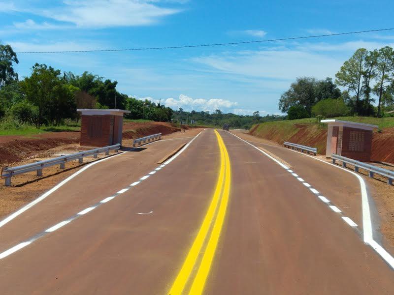 Concluyó el asfaltado del tramo Andresito – Cabure-í