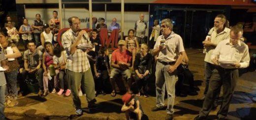 Vecinos de Montecarlo realizaron una marcha solicitando que bajen las tarifas de agua y luz