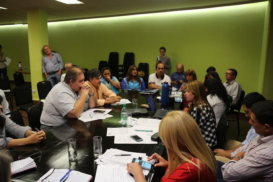 La Mesa de Diálogo trató los criterios para la titularización docente