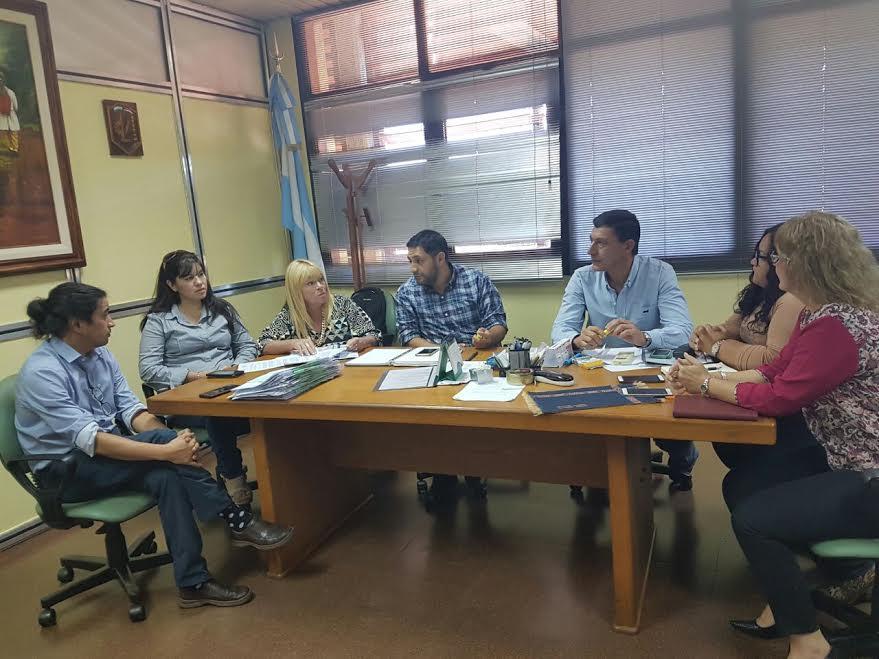 Docentes que reúnen condiciones para titularizarse no serán afectados por traslados