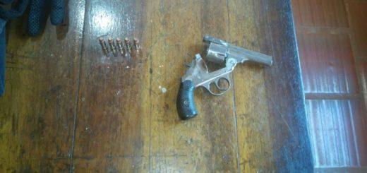 Detuvieron a dos hombres en Puerto Iguazú por tenencia ilegal de arma de fuego