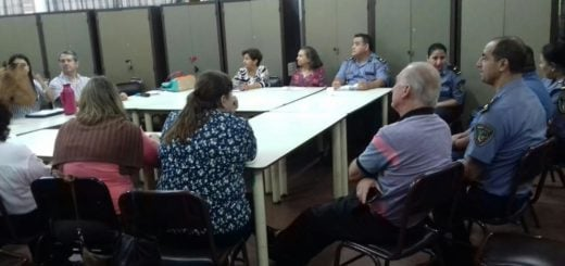 """Policía Comunitaria participó de reunión sobre """"Inseguridad y Violencias en las Escuelas"""""""