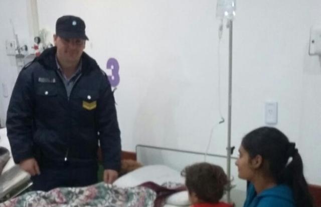 Un policía salvó a un niño de morir atragantado en Oberá