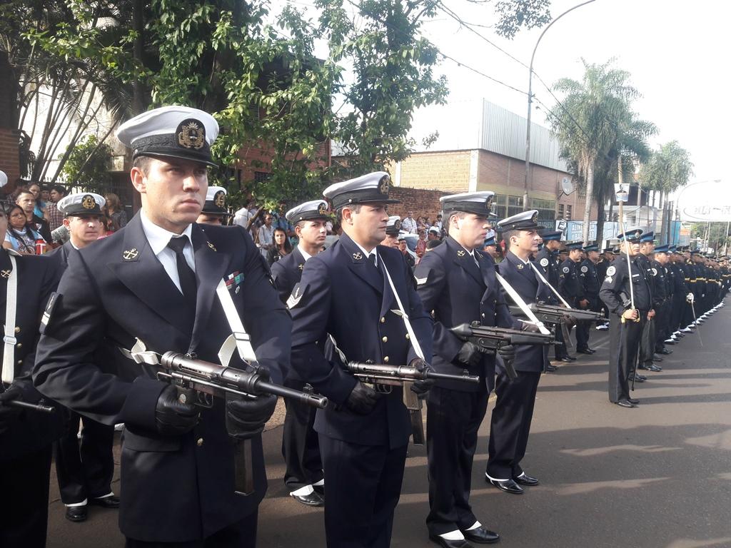 Losada encabezó el acto central de Posadas por el 25 de Mayo