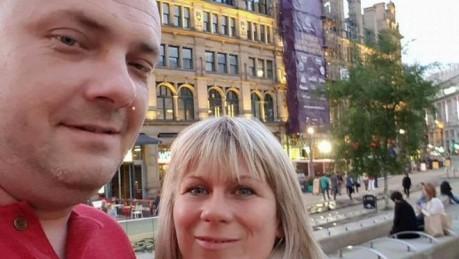 La trágica historia de la pareja que fue a recoger a sus hijas al concierto de Ariana Grande en Manchester y murió en el ataque