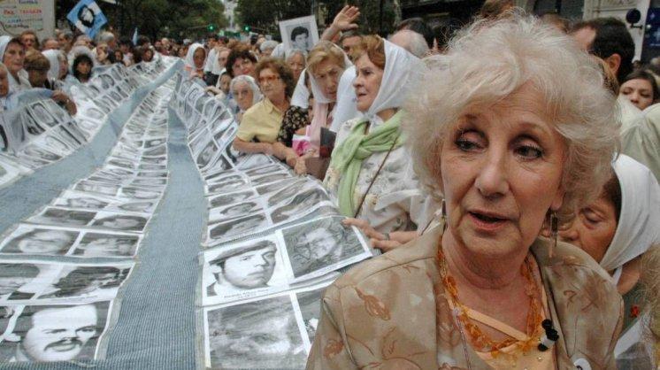 """Ni olvido ni perdón: Las Abuelas de Plaza de Mayo rechazan la idea de """"reconciliación"""" con los genocidas"""