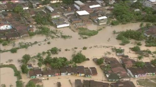 Ya son 50 mil personas que fueron evacuadas en el noreste de Brasil por lluvias