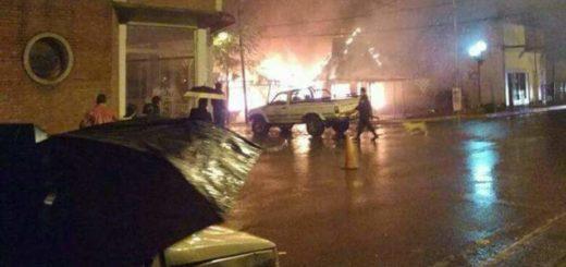 Un incendio causó importantes daños en una conocida tienda de Puerto Libertad
