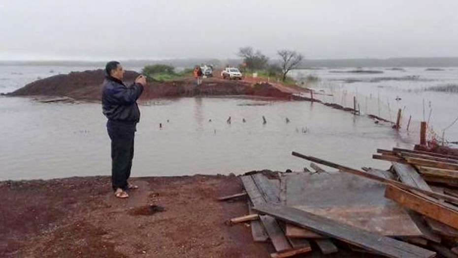 Hay 2.500 evacuados en Corrientes y Entre Ríos por la crecida del río Uruguay