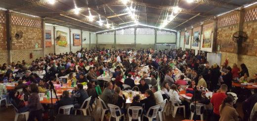 A pesar de las lluvias, San Vicente vivió la tradicional fiesta de la parroquia San Juan Neumann