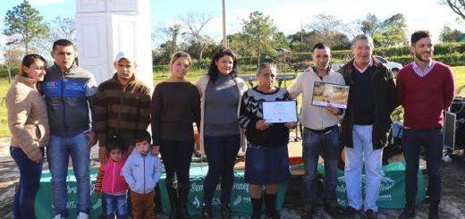 """Tabacalero de San Javier recibió el kit de """"Sembrando Beneficios"""""""
