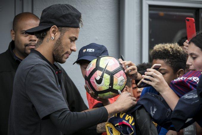 Las condiciones que pone Neymar para dejar al Barcelona e ir al PSG