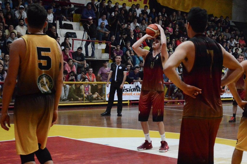 La gran final entre Tokio y Tirica es el inicio del resurgimiento del básquetbol en Misiones