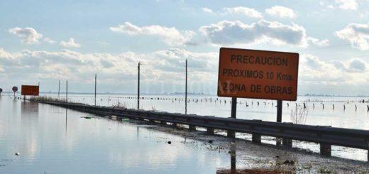 Santa Fe: intentó evadir un control de la Gendarmería y terminó sumergido en una laguna