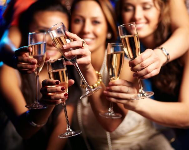 Nutrición: ¿Cuántas calorías extras llegamos a consumir con las bebidas alcohólicas?