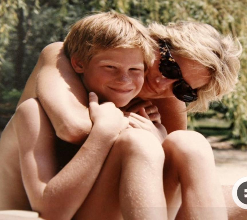 A 20 años de su muerte, publican cinco fotos inéditas de Lady Di