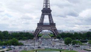 Carbono-neutralidad: Los coches diésel y gasolina dejarán de venderse en Francia en 2040