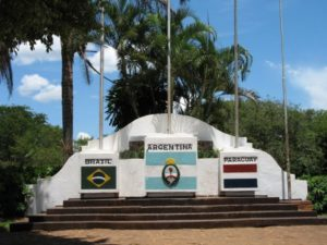 Cataratas: El intendente de Iguazú repudió la panfleteada contra Foz
